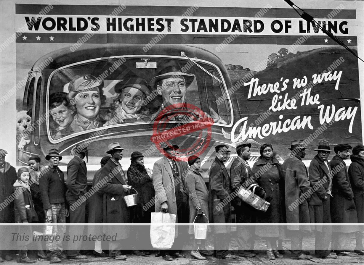 Margaret Bourke-White: At the Time of the Louisville Flood (1937)