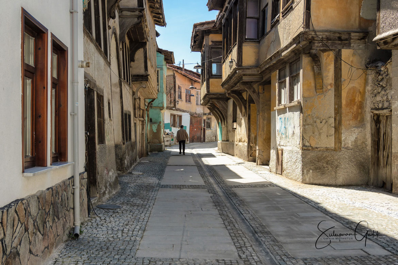 Kutahya Turkey Street Man Walking